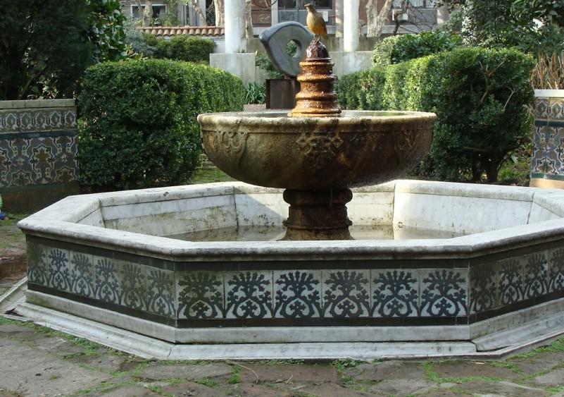 Museo de arte espa ol enrique larreta y jard n andaluz for Jardin andaluz